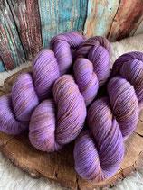 Ocker and Lavendel