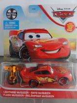 CARS 3 Lightning McQueen w/ Piston Cup