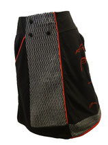 Jupe noir, gris et rouge