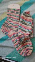Selbstgestrickte Socken Größe 38/39