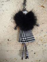 ミンク付き人形ネックレス(620−953)