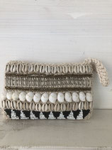 Clutch BOHO shell black &white