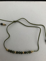 Bracelet kaki, perles tourmaline et acier doré