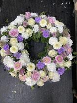 Trauerkranz rund rosa/lila/weiß