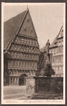311..    (W-3200)    Hildesheim   -Kunstgewerbehaus u. Rolandbrunnen-   (PK-00326)