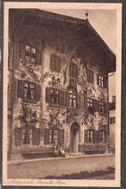 82481   (W-8102; W-8101)   Mittenwald   -bemaltes Haus-   (PK-00069)