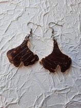 Gingkoblatt handgeschnitzt aus Taguablatt in Natur Braun