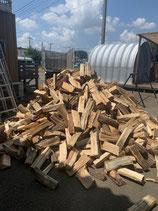 薪ストーブ用 自然乾燥の針葉樹ミックス薪 約40cm  約300kg/約1㎥ (配達料込み)