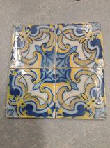 4 Carreaux Anciens Faience  Azulejoz 14 cm ×14cm réf AB18