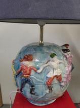 Lampe Le Tour du Monde , La Ronde de la Paix   ......... Hauteur avec Abajour 63 cm