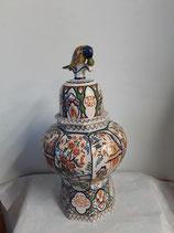 Potiche Faience de Desvres Hauteur 44 cm avec oiseau