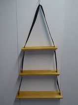 Hanging shelf, adjustable