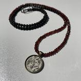 Granat Lava mit Medallion