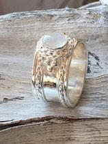 Ring 925 Silber mit schönem Ornament und Regenbogenmondstein R128