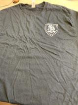 T-shirt cystema