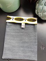 Housse pour liseuse jean/Wax cauri noir/jaune fond blanc