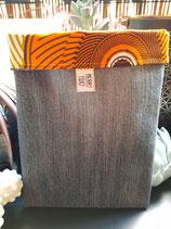 Housse pour liseuse jean/Wax fond beige cercles jaune/orange