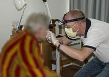 Mobile Zahn Medizin Basel Untersuch