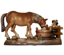 Holzfigur Pferd an Tränke Nr. 6011