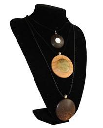 Halskette mit Medaillon Wenge/Perlmut, Medaillon Olive/Bernstein oder Medaillon Palme