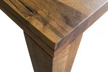 Detailbild Tischplatte rustikal modern Eiche