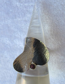 Silber-Ring in Herzform