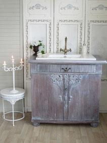 Eleganter Vintage-Waschtisch