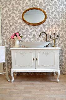 Romantischer Landhaus-Waschtisch
