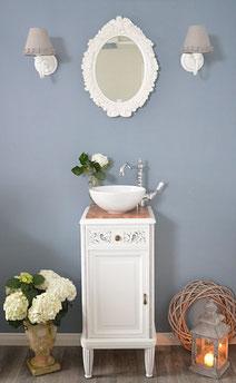 Kleiner Waschtisch mit Marmor