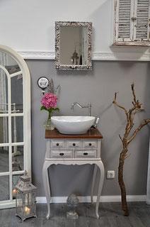 Gäste-Waschtisch in weiß