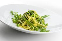 Geprüfte IN FORM-Rezepte, IN FORM, DGE, vegetarisch, vegetarisch kochen, vegetarisch essen, vegetarisches Essen, vegetarisches Rezept, vegetarische Küche, gesunde Ernährung, Ernährung, Gesundheit, Pasta, Erbsen, grüne Bohnen, vegetarische Pasta,  Nudeln