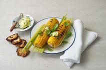 IN FORM, gesunde Rezepte, gesunde Ernährung, gesundes Essen, gesund essen, gesund abnehmen, gesund kochen, Deutsche Gesellschaft für Ernährung, Rezept, Kochrezept, kochen, Mais, Maiskolben grillen, grillen, Grillrezepte, vegetarische Grillrezepte