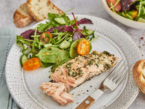 Gegrilltes Lachsfilet, gegrillter Lachs, Lachs grillen, Lachs, Lachsfilet, Fisch, Fisch grillen, gegrillter Fisch, grillen, Grillrezept, gesunde Grillrezepte, gesund grillen, gesunde Rezepte, gesunde Ernährung, gesund kochen, Rezept, Kochrezept