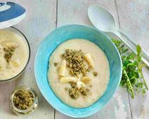 Spargelsuppe mit Nuss-Topping, Spargelsuppe, Spargel, Suppe, Spargel-Suppe, Rezept für Spargelsuppe, Rezept mit Spargel, Spargel, Suppenrezept, gesundes Essen, gesundes Rezept, gesund kochen