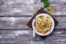 Geprüfte IN FORM-Rezepte, IN FORM, DGE, vegetarisch, vegetarisch kochen, vegetarisch essen, vegetarisches Essen, vegetarisches Rezept, vegetarische Küche, gesunde Ernährung, Ernährung, Gesundheit, Chinakohl, Möhrensalat, Salat, Möhren, Salatrezept