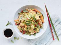 Geprüfte IN FORM-Rezepte, IN FORM, DGE, vegetarisch, vegetarisch kochen, vegetarisch essen, vegetarisches Essen, vegetarisches Rezept, vegetarische Küche, gesunde Ernährung, Ernährung, Gesundheit, gebratener Reis, vegetarische Reispfanne, Reis, Gemüse
