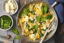 Kohlrabi-Pfanne, vegetarische Kohlrabi-Pfanne, vegetarische Gemüsepfanne, Kohlrabi, Gemüsepfanne, vegetarisches Rezept, vegetarisches Essen, vegetarisch kochen, gesundes Rezept, gesunde Ernährung, gesundes Essen