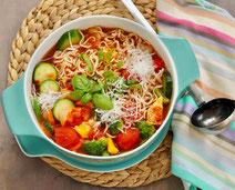Geprüfte IN FORM-Rezepte, IN FORM, gesunde Rezepte, gesunde Ernährung, gesundes Essen, gesund essen, gesund abnehmen, abnehmen, gesund kochen, DGE, Deutsche Gesellschaft für Ernährung, Rezept, Kochrezept, kochen, Nudeltopf, italienische Küche, mediterran