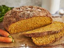 Möhrenbrot, Möhren, Brot, Brot-Rezept, Brot backen, Brot selber backen, selbstgemachtes Brot, hausgemachtes Brot, Rezept zum Brotbacken, Backrezept, backen, gesund backen, gesunde Backrezepte, gesunde Ernährung, gesund essen, gesundes Essen, eatbetter