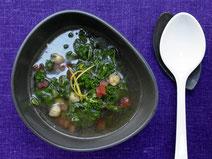 Geprüfte IN FORM-Rezepte, IN FORM, gesunde Rezepte, gesunde Ernährung, gesundes Essen, gesund essen, gesund abnehmen, abnehmen, gesund kochen, DGE, Deutsche Gesellschaft für Ernährung, Rezept, Kochrezept, kochen, Grünkohl, Suppe, Grünkohlsuppe