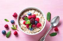 Geprüfte IN FORM-Rezepte, IN FORM, Blitzrezept, schnelles Rezept, einfaches Rezept, schnelle Zubereitung, schnell kochen, gesunde Ernährung, gesundes Essen, gesund essen, gesundes Rezept, Müsli, Beeren, gesundes Frühstück, Müsli-Rezept
