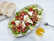 Geprüfte IN FORM-Rezepte, IN FORM, gesunde Rezepte, gesunde Ernährung, gesundes Essen, gesund essen, gesund abnehmen, abnehmen, gesund kochen, DGE, Deutsche Gesellschaft für Ernährung, Salat mit Erdbeeren, Sommersalat, Salatrezept,  vegetarischer Salat