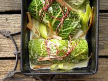 Geprüfte IN FORM-Rezepte, IN FORM, DGE, vegan, veganes Rezept, vegan kochen, vegane Ernährung, vegan essen, gesunde Ernährung, Ernährung, Gesundheit, Wirsingpäckchen mit Quinoa, Wirsing, Quinoa, veganes Mittagessen, veganes Abendessen