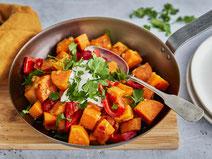 Geprüfte IN FORM-Rezepte, IN FORM, DGE, vegetarisch, vegetarisch kochen, vegetarisch essen, vegetarisches Essen, vegetarisches Rezept, vegetarische Küche, gesunde Ernährung, Ernährung, Süßkartoffel-Pfanne, Süßkartoffeln, Gemüsepfanne, veggie
