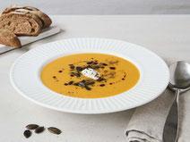 Geprüfte IN FORM-Rezepte, IN FORM, DGE, vegetarisch, vegetarisch kochen, vegetarisch essen, vegetarisches Essen, vegetarisches Rezept, vegetarische Küche, gesunde Ernährung, Ernährung, Gesundheit, Kürbis-Süßkartoffel-Suppe, Kürbissuppe, Suppe