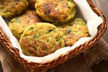 Geprüfte IN FORM-Rezepte, IN FORM, DGE, vegetarisch, vegetarisch kochen, vegetarisch essen, vegetarisches Essen, vegetarisches Rezept, vegetarische Küche, gesunde Ernährung, Ernährung, Gesundheit, Couscous, Couscouspuffer