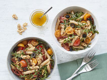Geprüfte IN FORM-Rezepte, IN FORM, DGE, vegan, veganes Rezept, vegan kochen, vegane Ernährung, vegan essen, gesunde Ernährung, Ernährung, Gesundheit, veganer Nudelsalat, veganer Salat, Salatrezept, Nudeln, Pasta, veganes Mittagessen, vegane Pasta