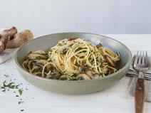 Geprüfte IN FORM-Rezepte, IN FORM, DGE, vegan, veganes Rezept, vegan kochen, vegane Ernährung, vegan essen, gesunde Ernährung, Ernährung, Gesundheit, Spaghetti, Pilze, Pasta, Nudeln, vegane Pasta, vegane Spaghetti, veganes Mittagessen