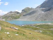 Türkisblauer Bergsee