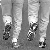 Non si può consigliare la scelta della scarpa più adatta in altro modo.  Questo metodo certamente è utile per il cliente ma serve ... 8d0e9e0c521
